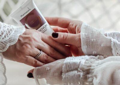 Micro Influencers celebrują kobiecość w każdym wieku z Pharmaceris REGENOVUM!