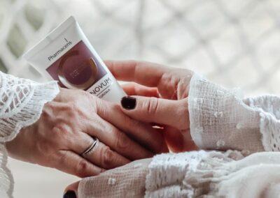 Micro Influencers celebrate femininity at every age with Pharmaceris REGENOVUM!